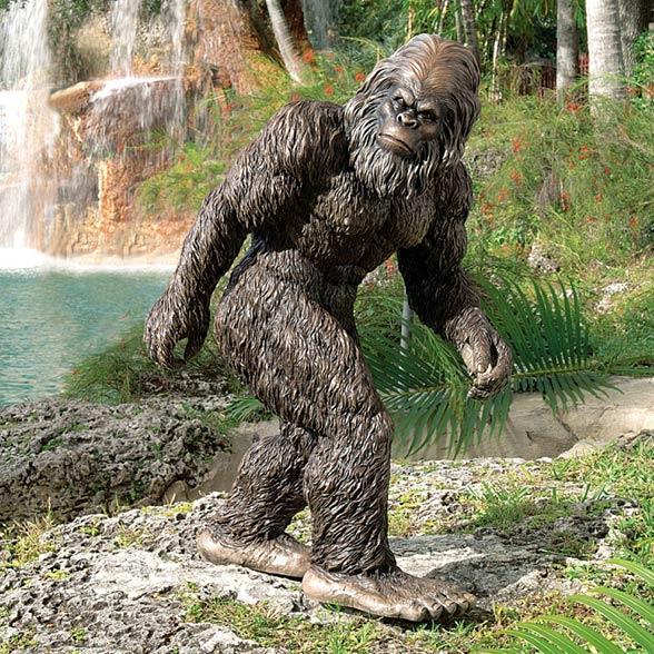 Rzeźba Wielkiej Stopy (Sasquatch)